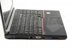 Notebook Fujitsu Lifebook E556 - Fotka 6/6